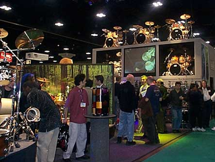 The DW - Drum Workshop - Booth