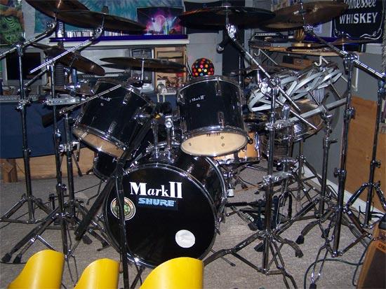 Drums At Toys R Us : Drumsontheweb